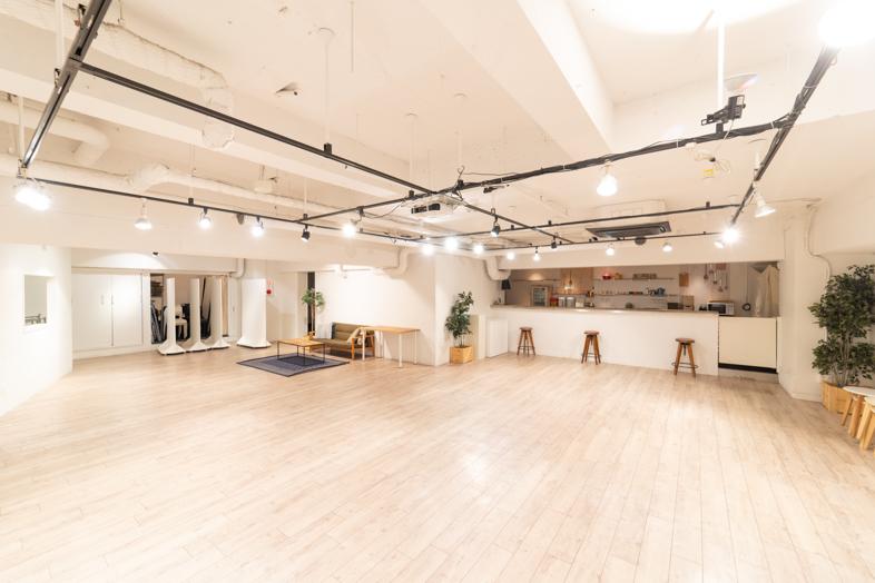 ダンスシーンの撮影も出来る70㎡以上のスタジオ−7選−