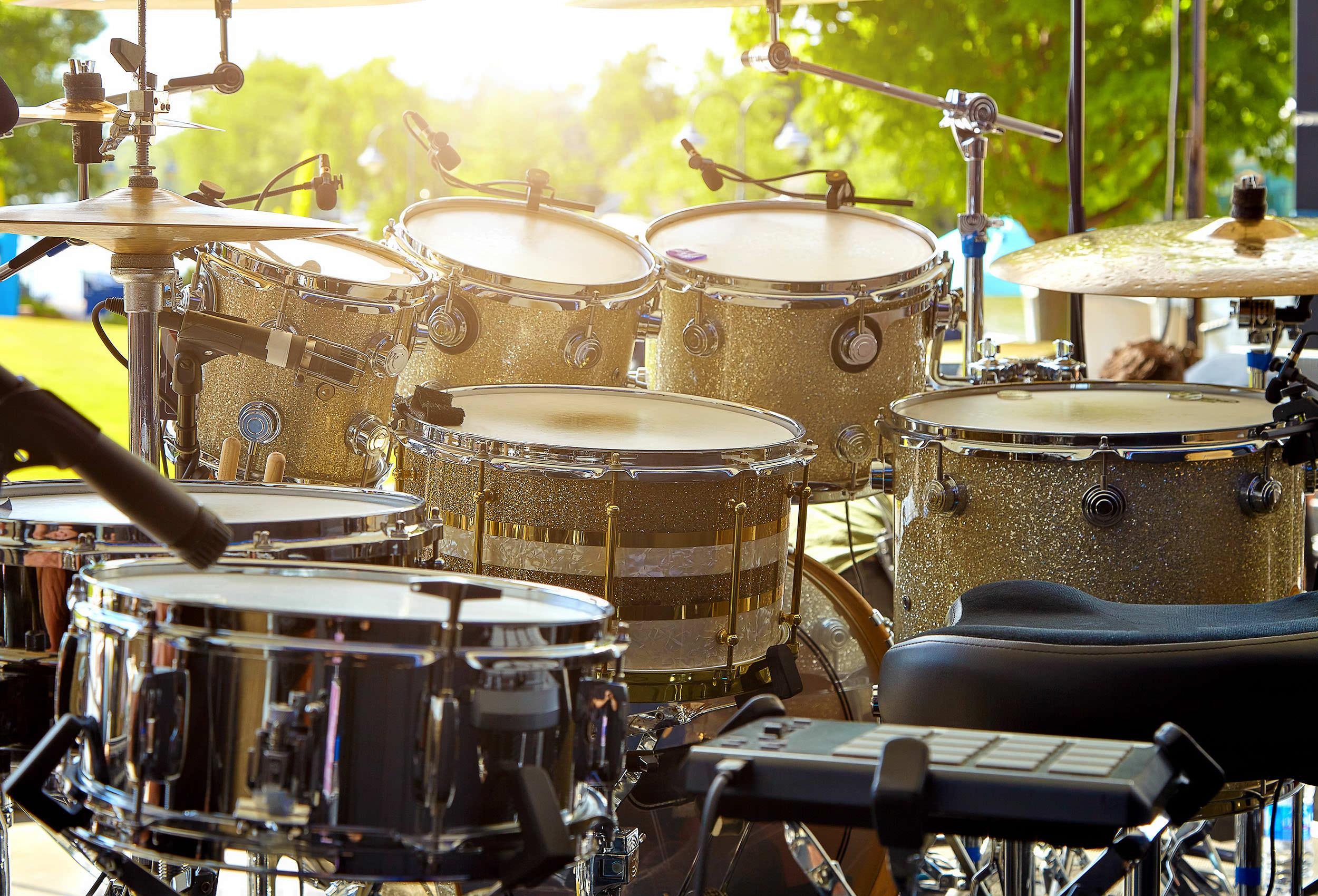 レンタル撮影スタジオのこだわり: 楽器・ドラム演奏可