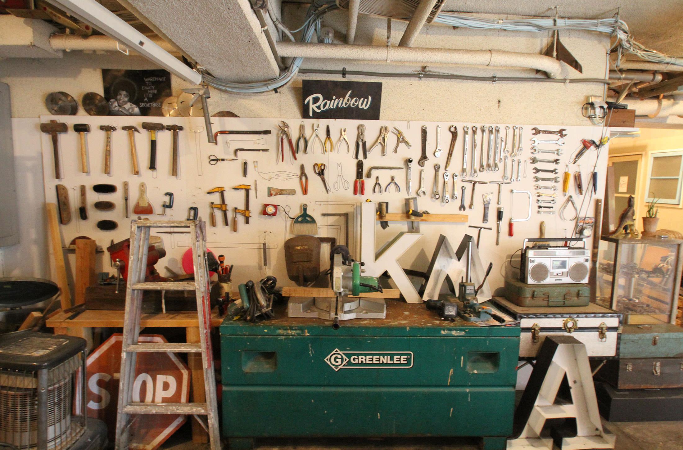 レンタル撮影スタジオのこだわり: 家具・小物充実