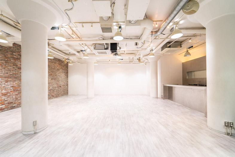 ダンスシーンの撮影も出来る70㎡以上のスタジオ−6選−