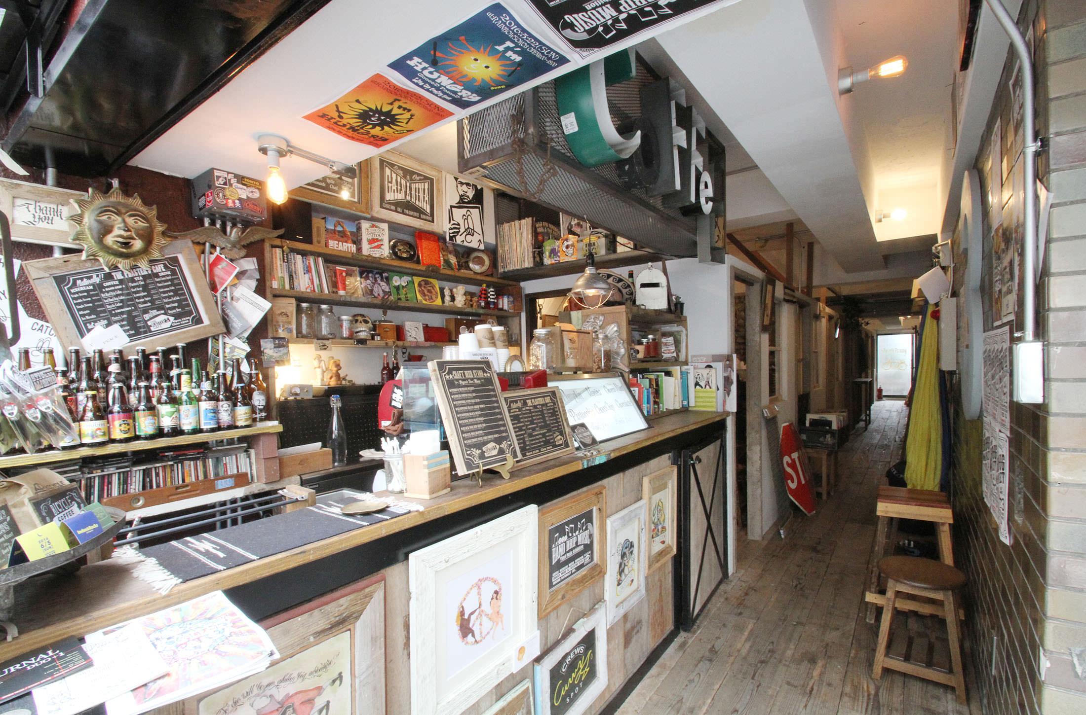 レンタル撮影スタジオのシーン: カフェ