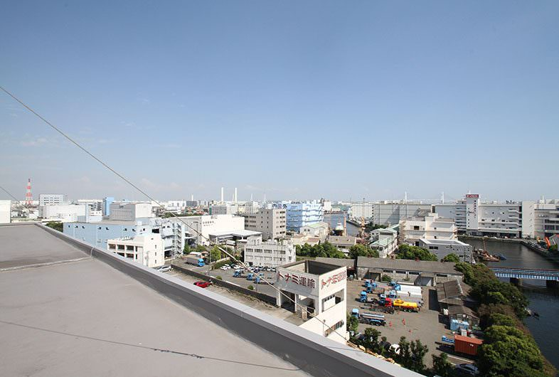 STORAGE A -ROOFTOP-