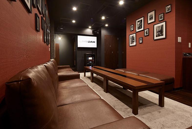 Lounge-R 歌舞伎町