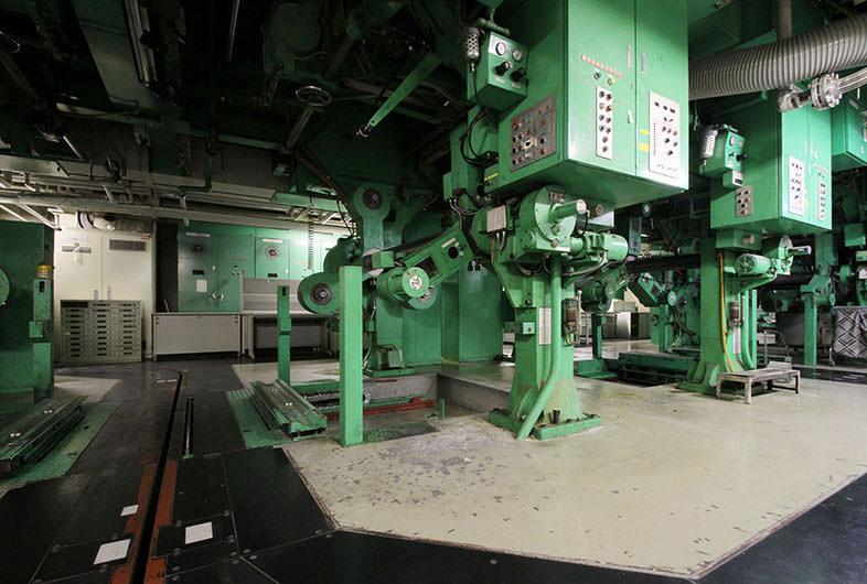 品川 地下輪転機スペース