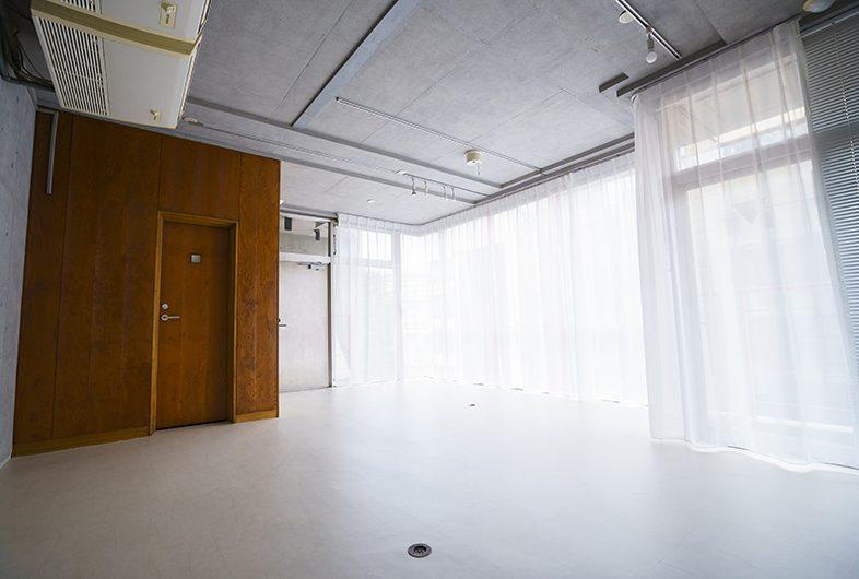 IWAスタジオ神南